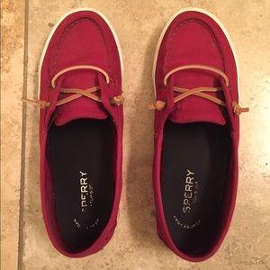 Sperry Slip on Lounge Away Sneaker size 8 - berry